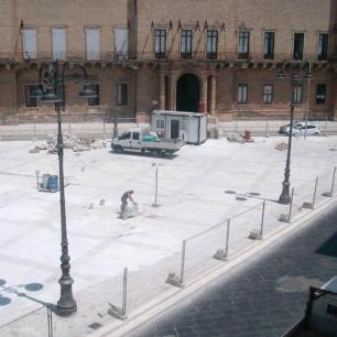Piazza: Grigio Classico/Tango Silk
