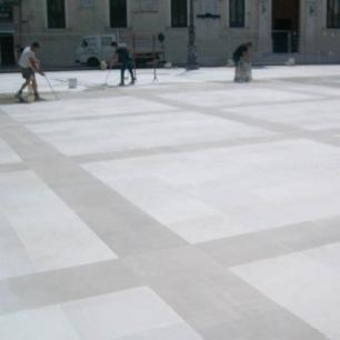 Square: Grigio Classico, Tango Silk