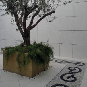 External Floor Tiles: Biancone Sanded