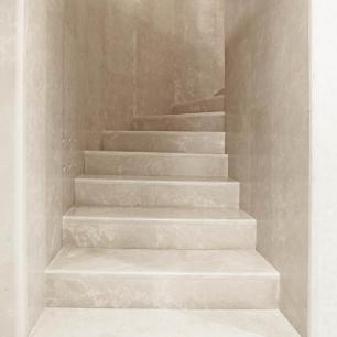 Stairs, Wall Cladding: Massello Honed